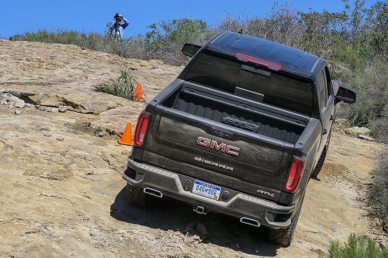 2019 GMC Sierra 1500 AT4 Hill Climb